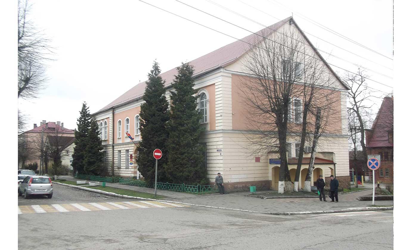 Хайлигенбайльская семилетняя школа.